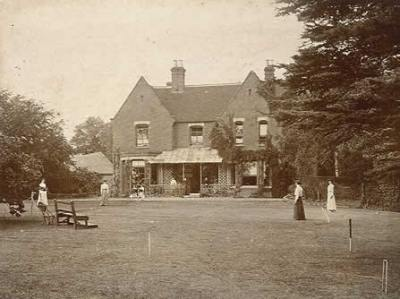 UK Ghost and Poltergeist stories | Borley Rectory 1892 | 400 image